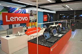 showroom-cz-03-new