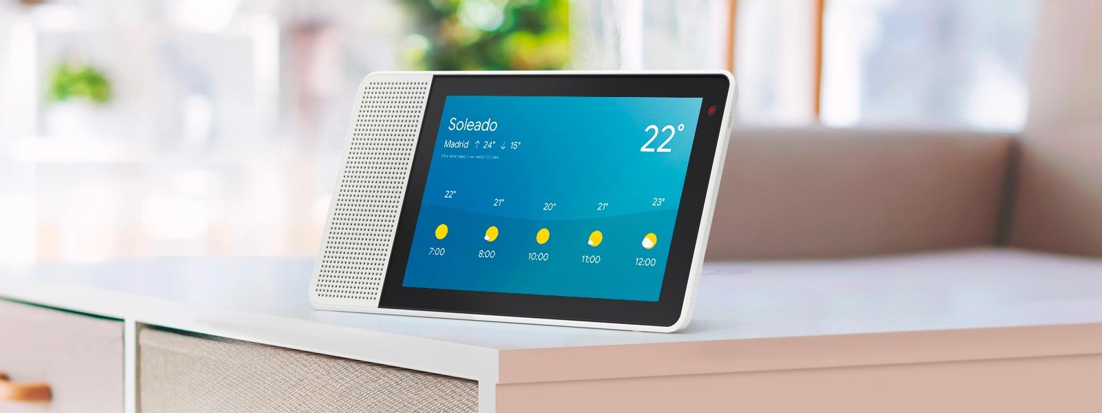 Lenovo Smart Display te prepara para afrontar la jornada con la previsión del tiempo.