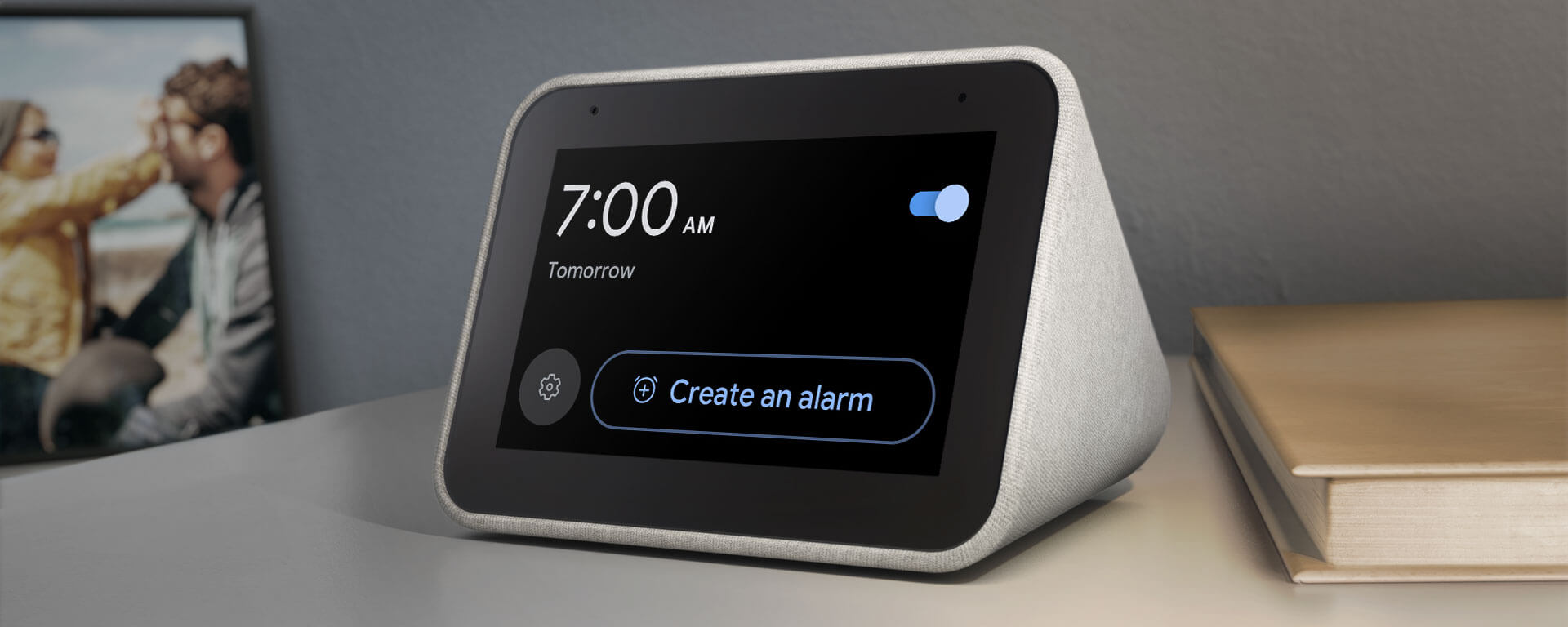 Lenovo Smart Clock with the Google Assistant | Best of CES