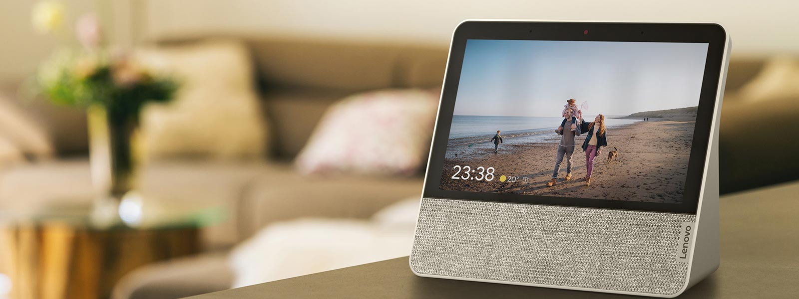 Relive your favorite memories on Lenovo Smart Display 7