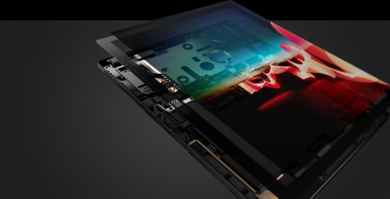 Primer plano del lado izquierdo de Lenovo ThinkPad X1 Fold abierta a unos 95 grados.