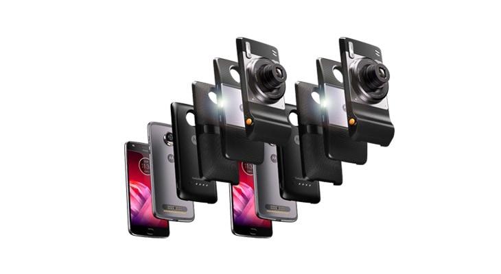 Вибір смартфонів moto з під'єнаними модулями moto mod